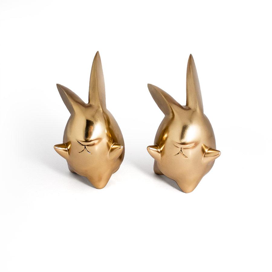 twin bunny bronze sculpture frunt view Ferdi B Dick